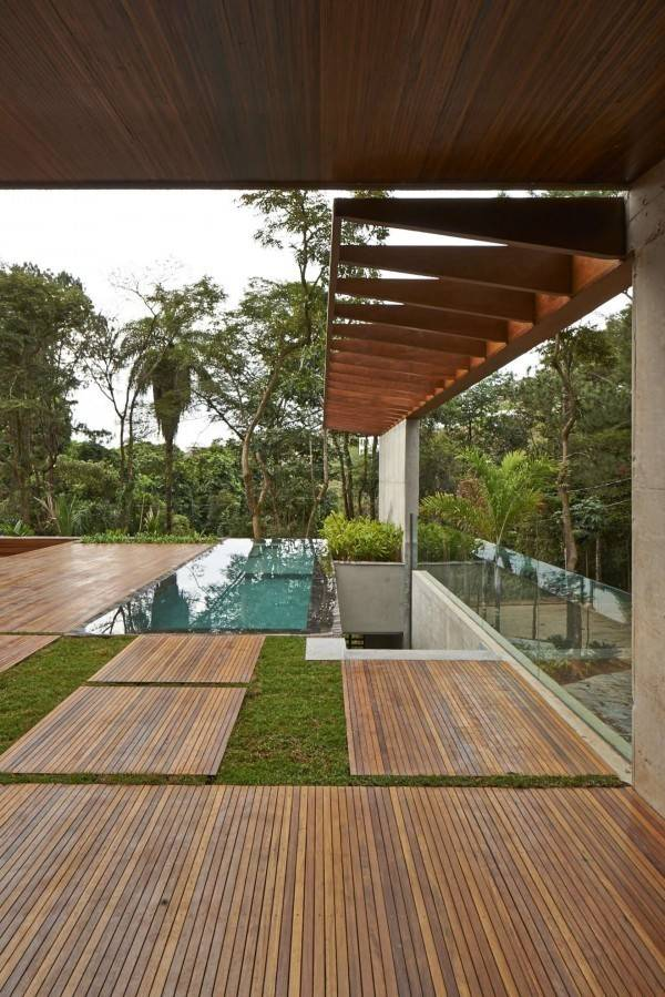 Nhà thêm đẹp nhờ các mảng xanh